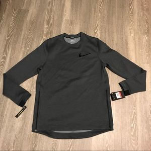 Nike Therma Flex Basketball Pullover Long Sleeve